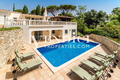 Recently REFURBISHED 6 Bed Villa