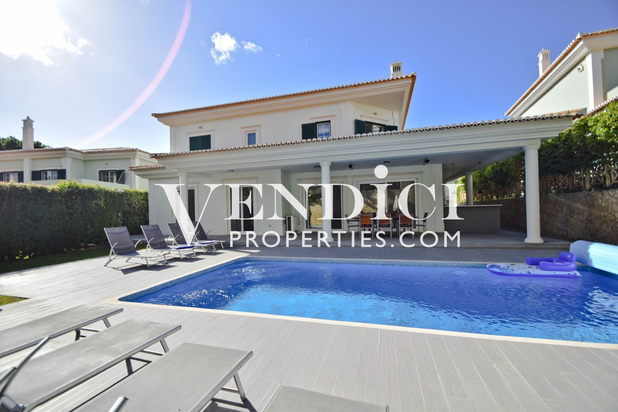 An Impressively Refurbished Four Bedroom Villa