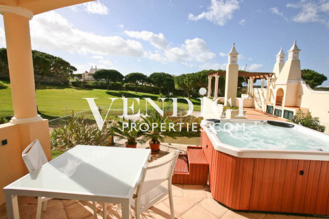 One Bed Villa with Golf Views