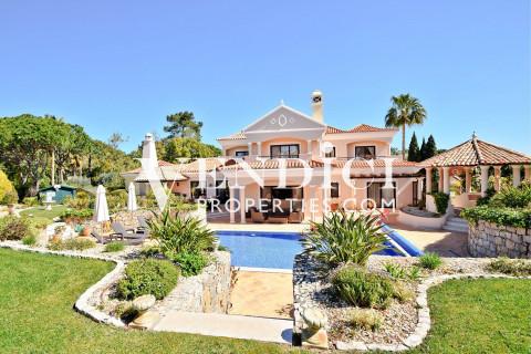 Charming Pinheiros Altos Villa