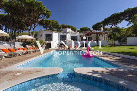 Family Estate within Vale do Lobo Minutes from Beach