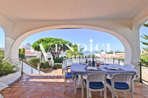 SPACIOUS 3 Bed Villa